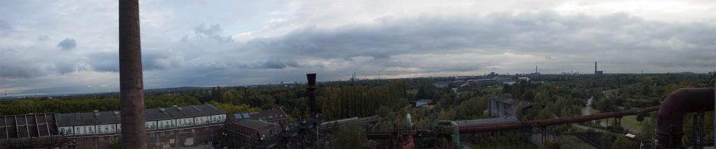 Ein schnelles Panorama zwischendurch bietet sich bei dem Ausblick an